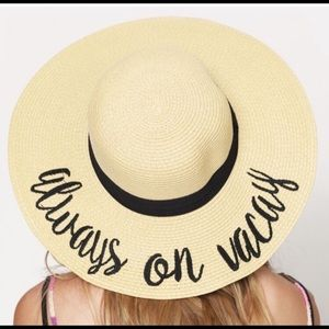 💕New With Tags Strew Hat